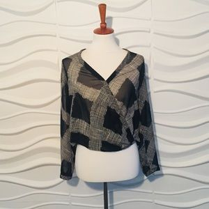 🤩SALE PRICE🤩For. 21 Blouse XS pre-loved